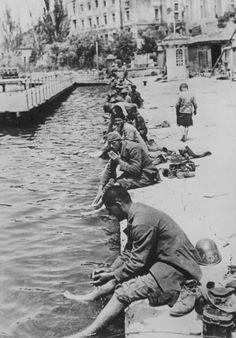 Romanian troops on the pier in Balaklava.