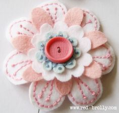 {D.I.Y Tutorial} Stitched Felt Flowers