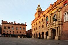 Twitter / @nthsaba: Buongiorno #Bologna!