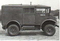 Chevrolet HUW Heavy Utility Wireless Radio-car with send/receiver Info CMP :: Bernard van Meurs bernardvanmeurs Army Vehicles, 4x4, Military Equipment, British Army, World War Ii, Cars And Motorcycles, Wwii, Chevrolet, Antique Cars