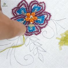 Hand embroidery pearl flower design Best Picture For crochet flowers For Your Taste You are looking for something, and it is going to tell you. Hand Embroidery Videos, Hand Embroidery Flowers, Bead Embroidery Patterns, Embroidery Stitches Tutorial, Embroidery Jewelry, Hand Embroidery Designs, Ribbon Embroidery, Beaded Embroidery, Cross Stitch Embroidery