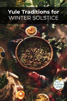 Winter Solstice Rituals, Winter Solstice Traditions, Yule Traditions, Yule Crafts, Potpourri Recipes, Plant Magic, Sabbats, Christmas Diy, Holiday