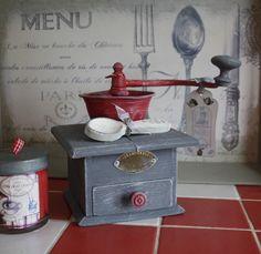 Ancien moulin à café relooké campagne chic : Accessoires de maison par la-cage-a-deco