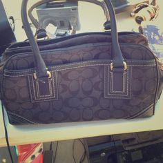 Authentic Coach purse and wallet Real coach bag. Black leather, used but in great condition. No signs of wear. Lovely!   Coach Bags