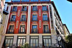 Ce poti vedea gratuit in Madrid Gaudi, Granada, Real Madrid, Barcelona, Multi Story Building, Santiago, Grenada, Barcelona Spain, Antoni Gaudi