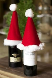 Lilyshop | DIY Santa Hat Wine Toppers