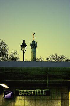 Metro Bastille, Paris