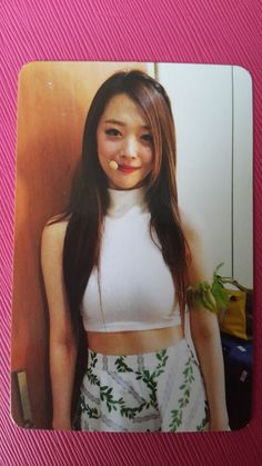 FX f(x) SULLI SULLY Official Photo Card 3rd Mini Album RED LIGHT Photocard