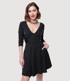b46f6eeee4 Smak Parlour Retro Style Black Sleeved V-Neck Fit   Flare Dress
