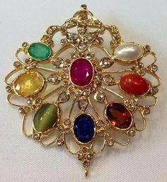 navratna pendant Emerald Jewelry, Gold Jewelry, Beaded Jewelry, Jewelery, Diamond Jewelry, Pendant Jewelry, Gold Earrings Designs, Gold Jewellery Design, Ring Designs