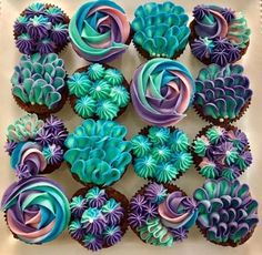 Mermaid Cupcakes by September's Cakes – www.findyourcakei… Mermaid Cupcakes by September's Cakes – www. Wilton Cake Decorating, Cookie Decorating, Cupcake Decorating Techniques, Cupcake Frosting Techniques, Cake Piping Techniques, Cupcake Decorating Party, Icing Tips, Frosting Tips, Cupcake Cookies