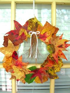 Fall themed wreath for Thanksgiving!  #craft #cute #thanksgiving #wreath #decor