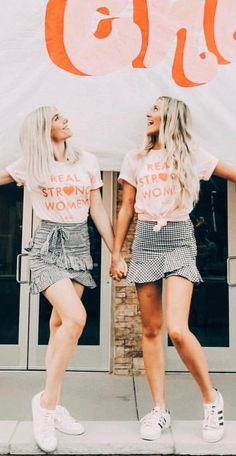 Real Strong Women shirts for philanthropy. We could have a white flow shirt and make the writing purple while wearing dark blue jeans. Sorority Recruitment Shirts, Alpha Phi Shirts, Spring Recruitment, Sorority Recruitment Outfits, Phi Mu, Kappa Delta, Panhellenic Council, Pink Out, Sorority Life