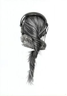 Yanni Floros- charcoal drawings