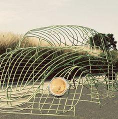 Нов прочит на култовата кола - бръмбар / An Iconic Beetle Becomes a Sculpture