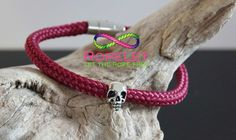 Oooh now isn't that lovely a gorgeous Ropelet from the Skull Ropelet collection at www.ropelet.co.uk. Who wants one?