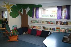 Reading corner classroom themes | ... http://notesonanapkin.files.wordpress.com/2008/09/reading-corner.jpg