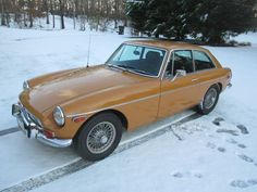 1973 MGB GT I love these cars !!