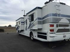 2001 Used Fleetwood American Tradition 40TDS Class A in California CA.Recreational Vehicle, rv, Will negotiate, must make a military move. I will include a Brand New Full Cover sealed in the box. (cost me $525) 2001 Fleetwood American Tradition 40T, Diesel fuel, 76500 miles, Length: 40ft. , This awesome upscale 40 feet Motorhome. Tires-Front and Rear, Goodyear G670RV Rear, 1 month ago inspected and Like new, Norcold 4 Door refirdgerator, All real Oak wood cabinets with tile floors…