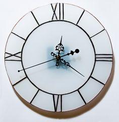 https://www.behance.net/gallery/Stained-glass-wall-clock/2148229