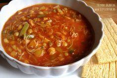 A marokkói harira receptje ihlette: csicseriborsós-zöldséges ragu Chili, Vegetarian, Cooking, Ethnic Recipes, Food, Turmeric, Baking Center, Chili Powder, Chilis