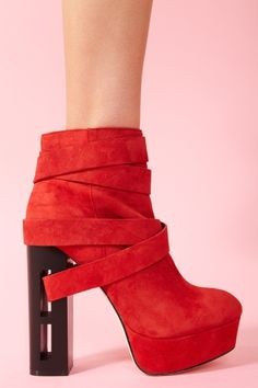 Jyll Platform Boot in Red Suede