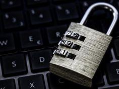 Adobe patches zero-day vulnerability used to plant gov't spying software http://ift.tt/2zfTAmf