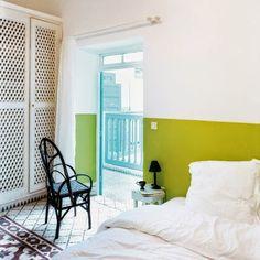 Casinha colorida: Ideias para decorar a parede da cabeceira da sua cama