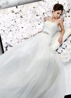 Charming one shoulder trumpet / mermaid chapel train bridal gowns