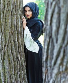 Instagram @saimascorner Modern Hijab Fashion, Modest Fashion, Fashion Outfits, Womens Fashion, Muslim Girls, Muslim Women, Hijab Makeup, Eye Makeup, Hijabi Girl