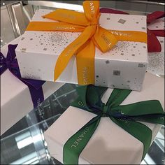Promoting the new fragrance are Chanel Branded Ribbon Tied Boxes For Gabrielle. Colorful and festive they show what your fragrance gift can look like. Tie Box, Chanel Brand, New Fragrances, Visual Merchandising, Close Up, Boxes, Ribbon, Gift Wrapping, Color