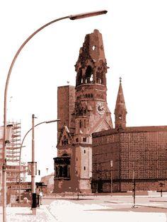 'Berlin 1965 Kaiser-Wilhelm-Gedächtniskirche' von Dirk h. Wendt bei artflakes.com als Poster oder Kunstdruck $18.03