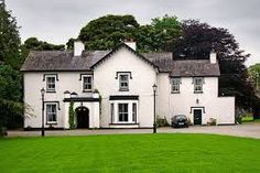 B&B Ireland. Approved Bed and breakfasts accommodation in Ireland. Book a value B & B in Ireland with no booking fees, lowest B and B prices in Ireland, instant confirmation. Home Network, 12th Century, B & B, Smart Home, Victorian Homes, Bed And Breakfast, Ireland, Farmhouse, Mansions