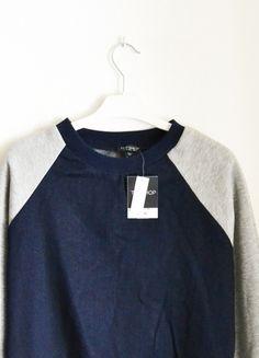 Kup mój przedmiot na #vintedpl http://www.vinted.pl/damska-odziez/bluzy/8632626-topshop-nowa-z-metkami-bluza-sweatshirt-dzinsowa-jeansowa-szara-kieszenie-s-26