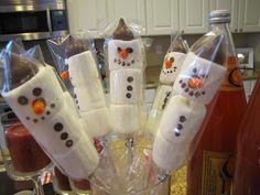 The 14 Cutest Christmas Eve Box Ideas #ChristmasEve #ChristmasEveBox
