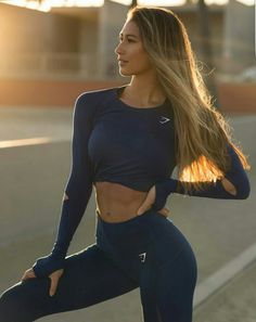 healthyhappysexywealthy: Karina Elle healthyhappysexywealthy: Karina Elle Healthy Happy Sexy Wealthy March 29 2019 at Training Fitness, Model Training, Workout Fitness, Sport Motivation, Fitness Motivation, Sup Yoga, Gym Style, Moda Fitness, Sporty Outfits