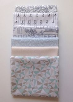 Beyond the pale. FQ Bundle of low volume #quilting #fabric.