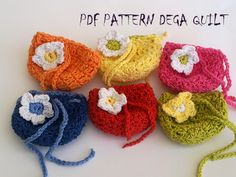 Crochet drawstring tiny gift bags pattern by Dega Quilt Tiny Gifts, Bag Patterns, Gift Bags, Crochet Earrings, Quilts, Purses, Handbags, Little Gifts, Stocking Stuffers