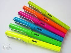 Fountain Pen Review: 2013 Limited Edition Lamy Safari Neon | Rants of The Archer