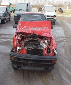 Autoverzekering gezocht voor iets wat beschadigde auto.... Vehicles, Car, Sports, Automobile, Excercise, Cars, Cars, Sport, Autos