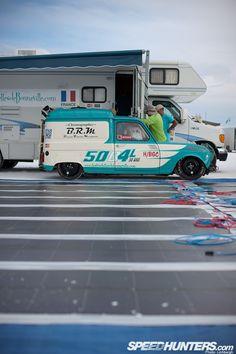 Racing Renault 4 at Bonneville.