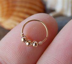 Hoop anneau de nez or rempli boucle par sofisjewelryshop sur Etsy