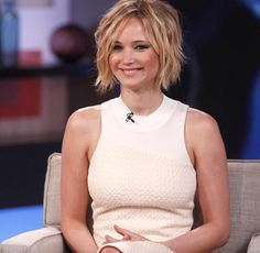 Jennifer Lawrence short bob
