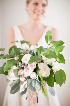 Garden inspired bouquet: http://www.stylemepretty.com/2015/04/03/merrimon-wynne-house-bridal-inspiration/   Photography: Katherine Miles Jones Photography - www.katherinemilesjones.com