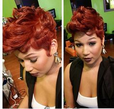 The Cut Life Pretty lady! Dope Hairstyles, Cute Hairstyles For Short Hair, Pixie Hairstyles, Sassy Haircuts, Pixie Haircut, Hairstyle Ideas, Hot Hair Styles, Curly Hair Styles, Natural Hair Styles