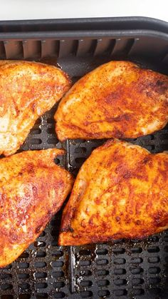Fryer BBQ Chicken Breast This Air Fryer Chicken Breast is juicy and delicious and easy to make in you Air Fryer.This Air Fryer Chicken Breast is juicy and delicious and easy to make in you Air Fryer. Air Fryer Recipes Low Carb, Air Fryer Recipes Breakfast, Air Fryer Dinner Recipes, Air Fryer Recipes Videos, Comida Pizza, Air Fryer Fried Chicken, Chicken Breast Air Fryer Recipe, Air Fryer Recipes Chicken Breast, Air Fryer Chicken Thighs