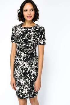 Ink Blot Structured Dress for £5 @ Everything5pounds.com