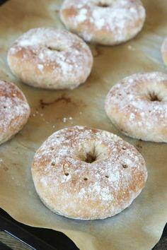 Grova rågkakor – Lindas Bakskola Bread Recipes, Cake Recipes, Cooking Recipes, Healthy Recipes, Sandwich Cake, Everyday Food, Bagel, Brunch, Favorite Recipes
