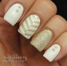 Gold and White Wedding. Manicure, Pedicure, Nails. Gold and white stripes - Instagram