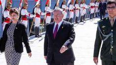 Image copyright                  Getty Images                                                                          Image caption                                      Amridis (al centro de la imagen) acudió a presentar sus credenciales al presidente Michel Temer en mayo de 2016.                                La policía de Río de Janeiro encontró un cuerp